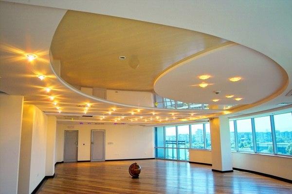 Светильники и люстры для натяжных потолков